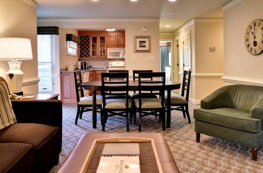 guest rooms  suites  kingsmill resort, williamsburg va, Bedroom designs