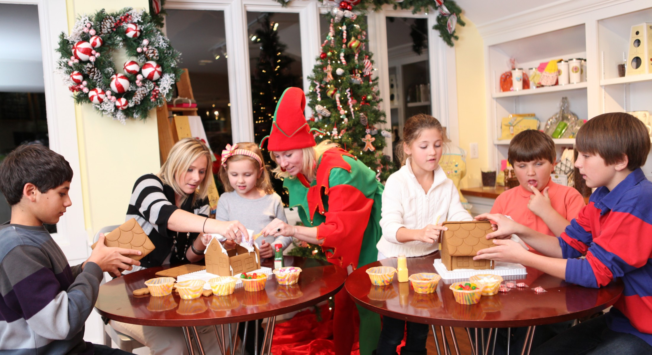 christmas holiday kids camp; making gingerbread houses