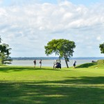 golfers on bluff2-X2