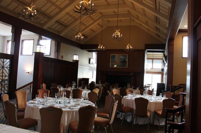Moodys set Group Meetings Bar