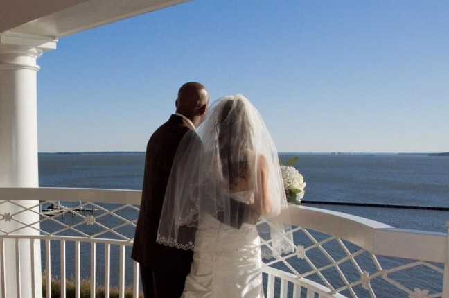 Wedding Couple on Pettus 2nd Floor Patio overlooking River