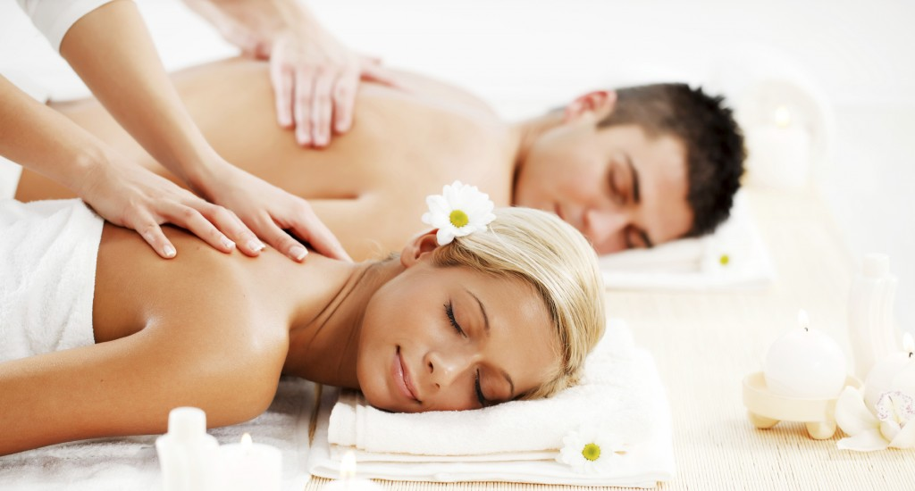 Romantic Weekend Getaway Couples Massage