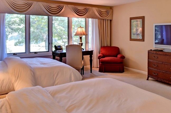 402 Bedroom 2
