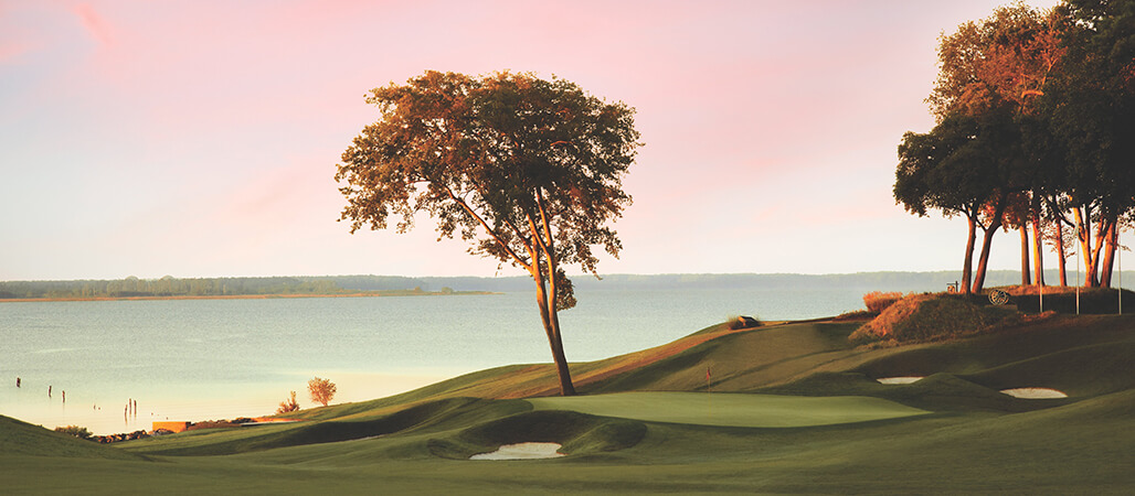 16th hole at Sunset