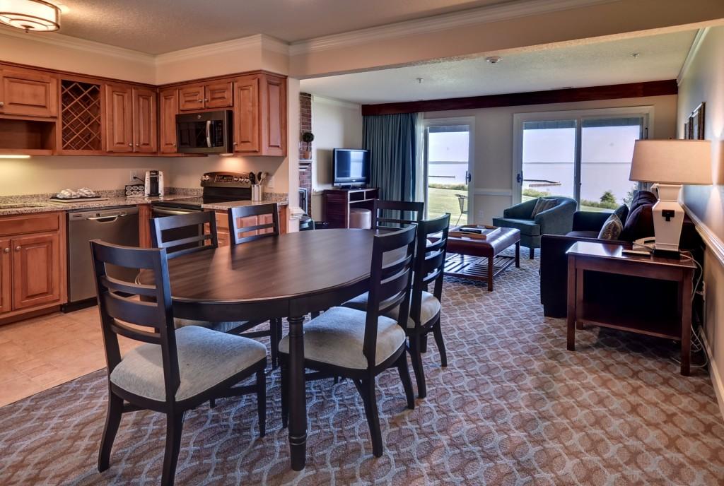 Resort accommodations kingsmill resort williamsburg va - 2 bedroom hotel suites in williamsburg va ...