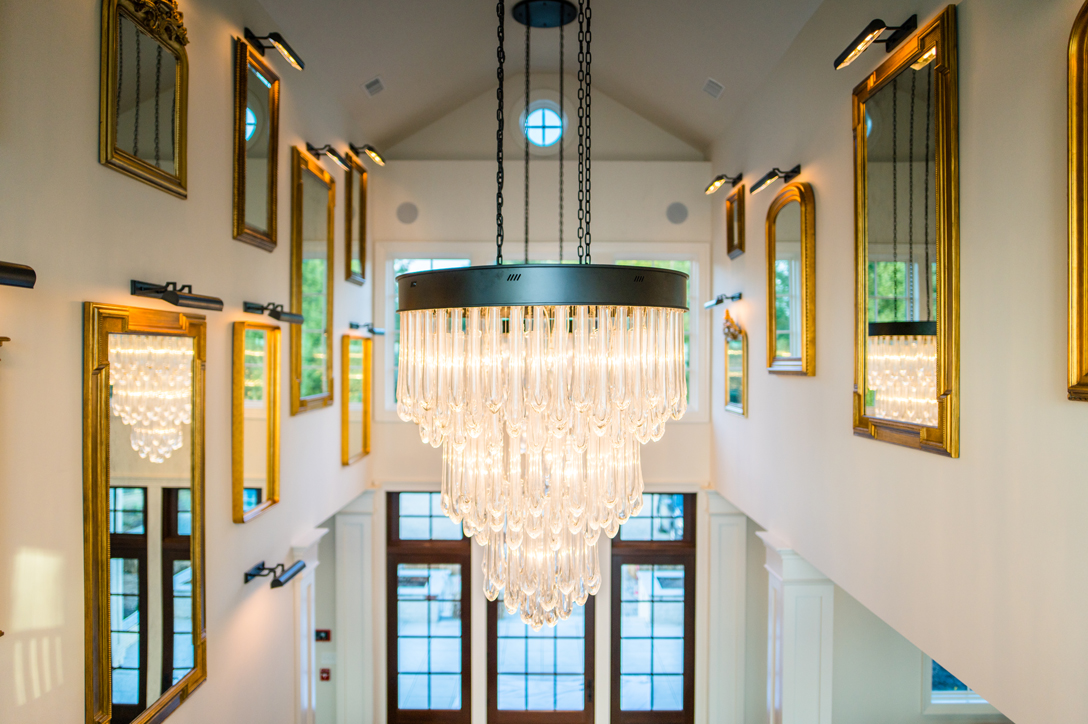 Chandelier Grand Entrance at Estate at Kingsmill